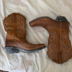 Ariat Round Up Square Toe Boots Style 10011893